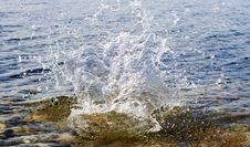 Free Splashes On Lake Baikal Royalty Free Stock Photography - 2953327