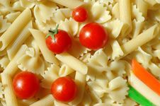Free Pasta And Tomato Royalty Free Stock Photos - 2958798