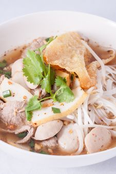 Free Noodle Soup With Fish Ball And Pork. Stock Photography - 29537782