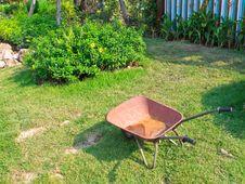 Free Wheelbarrow Stock Photography - 29538492