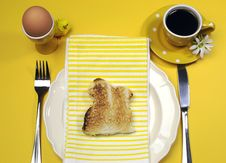 Free Yellow Theme Happy Easter Breakfast Table With Bunny Rabbit Toast Royalty Free Stock Photography - 29544407