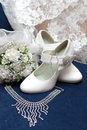 Free White Bridal Bouquet And Shoes On Blue Velvet Stock Image - 29553171