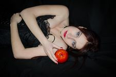Free Young Woman With Red Apple Stock Photography - 29550412