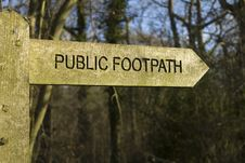 Free Public Footpath Royalty Free Stock Photography - 29571587