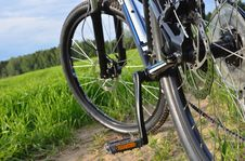 Free Mountain Bike In Countryside Royalty Free Stock Image - 29577726