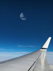 Free Moon In Airplane Window Royalty Free Stock Photography - 29586937