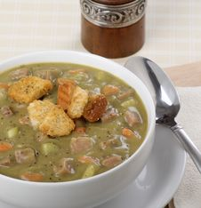 Free Pea Soup Royalty Free Stock Photography - 29598947