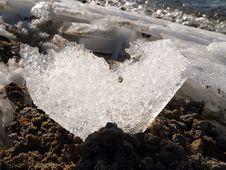 Free Ice Heart Royalty Free Stock Image - 29599116