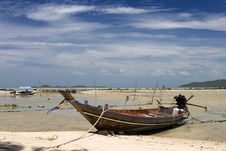Free Fishing Boat At The Thailand Royalty Free Stock Photography - 2961637