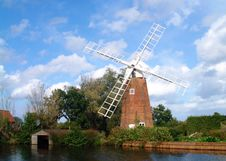 Free Windmill Stock Photo - 2962110