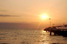 Free Sunrise Ocean Stock Image - 2962661