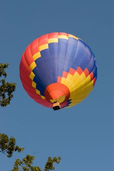 Free Ballooning Near The Tree Line Stock Photography - 2962992