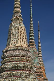 Free Wat Pho Chedis Stock Photography - 2965722