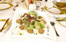 Free Meatball Salad Royalty Free Stock Photography - 2966857
