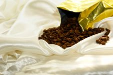 Free Bag Of Coffee Stock Images - 2967924