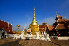 Free Wat Pong Sanuk.in Lampang Stock Photo - 29616500