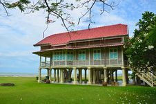 Free Maruekhathayawan Palace In Thailand Stock Photo - 29616850