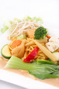 Free Hokkien Noodles With Red Curry Sauce And Fresh Vegetables Stock Photography - 29623062