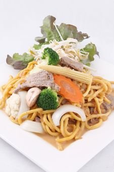 Free Hokkien Noodle Stri Fried With Satay Sauce.Thai Style Food. Stock Photography - 29622092
