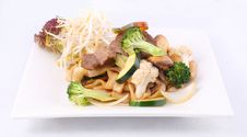 Free Flat Rice Noodle Stir Fried With Oyster Sauce And Fresh Vegetabl Stock Photos - 29622823
