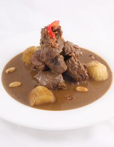 Free Thai Food, Beef Massaman Curry Stock Photography - 29623592
