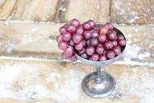 Free Red Grapes Royalty Free Stock Photo - 29630755