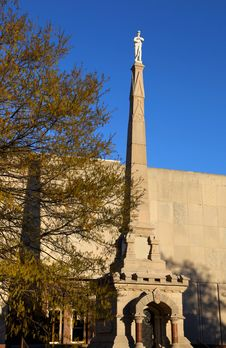 Free Confederate Monument Royalty Free Stock Photography - 29641817