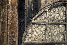 Free Old Wooden Wall With Window Stock Images - 29650714