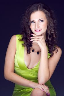 Free Beautiful Brunette In Green Dress Stock Photos - 29651433