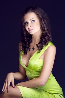 Beautiful Brunette In Green Dress Royalty Free Stock Photography