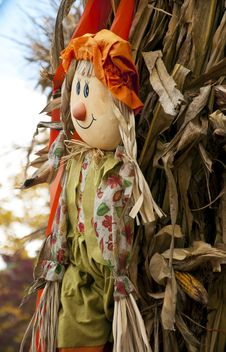 Free Fall Decorations With Scarecrow And Hay Stack. Stock Images - 29651704