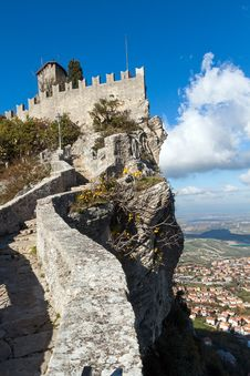 Free Castle In San Marino Royalty Free Stock Photography - 29654847