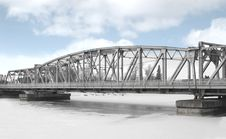 Free Girder Bridge Over A Frozen River. Royalty Free Stock Photo - 29674975