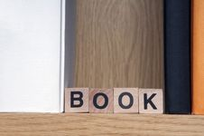 Free Bookshelf Stock Photo - 29682720