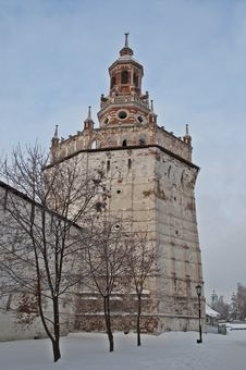 Free Duck Tower In Holy Trinity Sergius Lavra Royalty Free Stock Image - 29697776