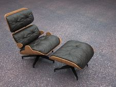 Free Modern Leather Recliner Royalty Free Stock Photography - 2970547