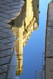 Free Cambridge Reflections 4 - Down Royalty Free Stock Photography - 2970967
