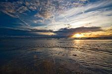 Free Beautiful Sunset On The Beach Stock Photo - 2971540