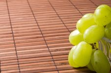 Free Grape On A Napkin Royalty Free Stock Images - 2973629
