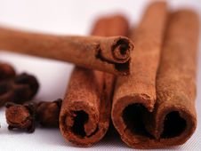Cinnamon And Cloves Royalty Free Stock Photo
