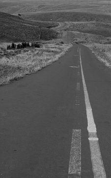 Free BW Deserted Road Stock Image - 2977241
