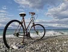 Free Rusty Bike At Seaside Royalty Free Stock Photo - 29701635