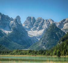 Free Tranquil Summer Italian Dolomites Mountain Lake Royalty Free Stock Photo - 29704065