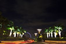Free Front Of Garden By The Bay1 Royalty Free Stock Photos - 29706738