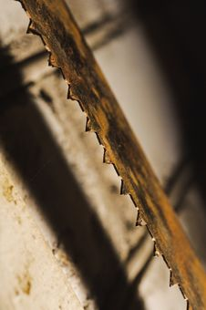 Free Metal Saw Blade. Abctract Photo. Work Tools Royalty Free Stock Photo - 29730825