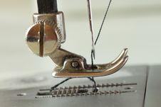 Free Sewing Machine Stock Image - 29759691