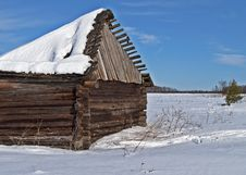 Free Old Barn With Broken Roof Under Snow In Winter Tiime Royalty Free Stock Image - 29763496
