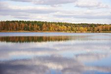Free Autumn Landscape With Lake Stock Photography - 29764212