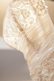 Free White Wedding Dress Detail Royalty Free Stock Photos - 29768048