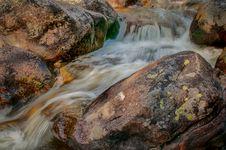 Free Rocky Mountain Waterfall Stock Photos - 29779523